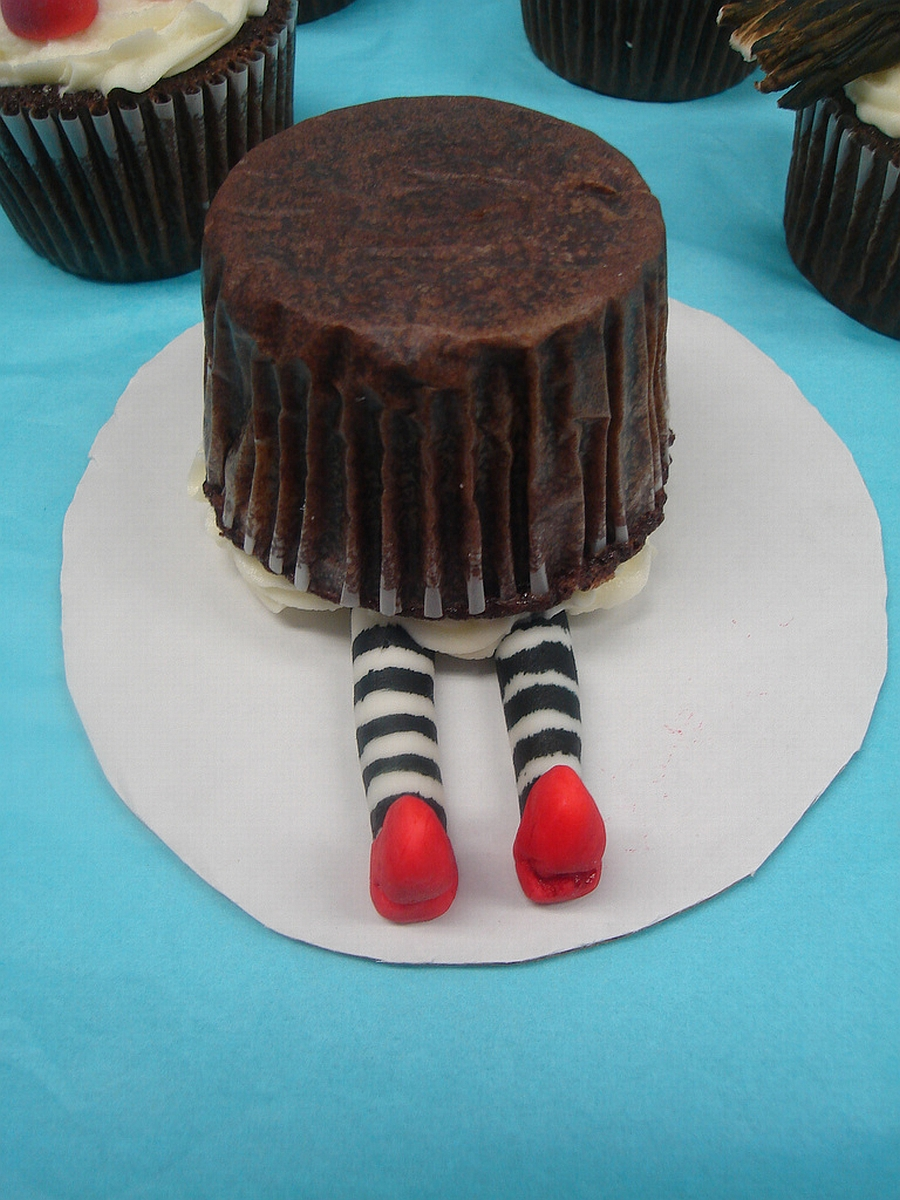 Wizard of Oz Cup Cake